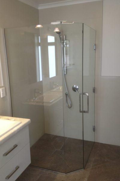 Glass Showers (5)